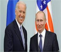 محلل سياسي روسي: خلافات بايدن وبوتين جدية ولا يمكن رفع مستوى علاقات أمريكا وروسيا