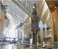 تفاصيل إنشاء المسلة المعلقة بالمتحف المصري الكبير| فيديو