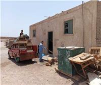 نقل 25 أسرة من مستحقي مساكن بديل العشوائيات «حي الروضة» بسفاجا