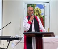 رئيس «الأسقفية» يترأس قداسًا بكنيسة السادات.. ويؤكد: عيشوا باستقامة