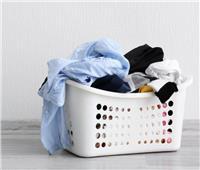 نصائح منزلية | في ثوان معدودة.. 4 خطوات للحفاظ على ألوان الملابس عند غسلها