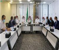 الفريق السعودي لتنفيذ «اتفاق الرياض» يعقد اجتماعا مع ممثلي الحكومة اليمنية