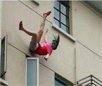 مصرع طالبة بعد سقوطها من شرفة منزلها بالشروق