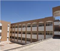 رئيس جامعة الأقصر يتابع سير أعمال تجهيز الكليات بمدينة طيبة