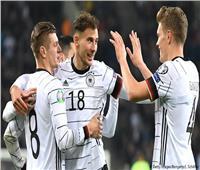 منتخب ألمانيا يهاجم فرنسا بـ«مولر وجنابري وهافيرتز»