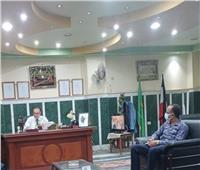 رئيس مركز ومدينة ملوى يناقش رفع كفاءة منظومة النظافة بالمركز والمدينة