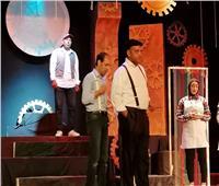 لليوم الخامس يواصل «بيرجنت النساج» عروضهعلى مسرح محافظة بالمنيا