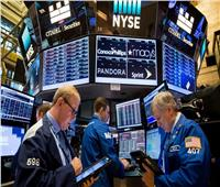 سوق الأسهم الأمريكية يختتم على انخفاض