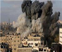 طائرات الاحتلال الإسرائيلي تقصف موقعًا غرب خان يونس وآخر جنوب غزة