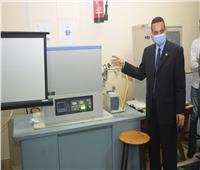 جامعة سوهاج تفتتح معمل هندسة النانو بتكلفة 400 ألف جنيه