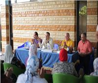 «أبو زيد» يسلم سيدات تنس الطاولة بالشمس ملابس الموسم الجديد