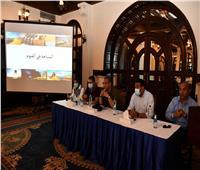 محافظ الفيوم يستعرض خطة التنمية السياحية ويعقد حواراً مفتوحاً مع الإعلاميين