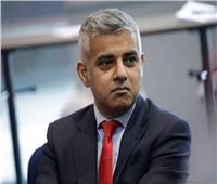 عمدة لندن يطالب بمزيد من لقاحات كورونا لإعادة فتح أبواب العاصمة