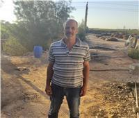 خفير يتهم «محمد حسين يعقوب» ونجله بطرده وعدم صرف مستحقاته المالية