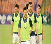 لاعبو الزمالك يعاينون أرضية ستاد القاهرة قبل مواجهة أسوان