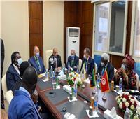 وزير التنمية المحلية ومحافظ القاهرة يشهدان تدشين مقر «المدن والحكومات» بشمال أفريقيا