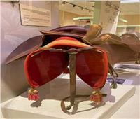 متحف المركبات الملكية يستعرض «سرج» خاص بالأميرات مصنوع من الجلد| صور