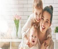 «استشاري مهارات تواصل» توضح دور الأم في إنجاح العلاقات الزوجية للأبناء
