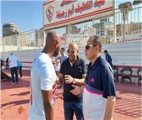 حديث ودي بين طارق يحيي وشيكابالا ومدرب منتخب مصر