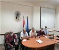 وكيل تعليم أسوان يجتمع برؤساء لجان الدبلومات الفنية والمراقبين الأوائل