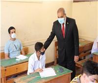 رئيس جامعة الأزهر يتفقد امتحانات الشهادة الثانوية الأزهرية
