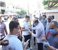 «مستقبل وطن» يوزع الكمامات والمطهرات على طلبة الدبلومات الفنية بدمنهور