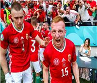 احتفال مجنون.. شاهد فرحة لاعبي المجر بعد الهدف الأول في فرنسا | فيديو