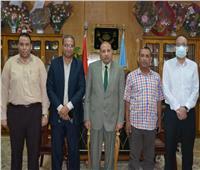 نائب رئيس جامعة الأزهر يلتقي مدير وحدة حقوق الإنسان بمحافظة أسيوط