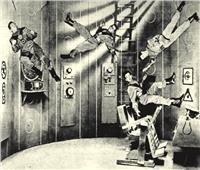 معركة العين الثالثة بين الشاشة الفضية والسينما .. محطات التلفزيون تسافر إلى القمر