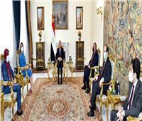 الرئيس السيسي يشدد على دعم مصر الكامل للمجلس الرئاسي والحكومة الليبية