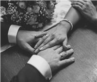 صدمة القاضي بطرس.. زوجان يوقعان وثيقة تنازل عن زوجتيهما