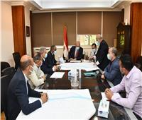 وزير الإسكان يتابع مشروعات إحلال وتجديد شبكات مياه الشرب بمحافظة القاهرة