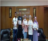 ألسن عين شمس تكرم الطلاب الفائزين في المسابقة الثقافية الكبرى