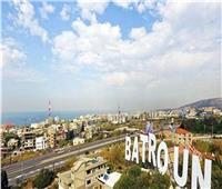 وسط أزمة لبنان الطاحنة.. مدينة البترون الساحلية تزدهر بالسياحة الداخلية