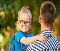 في عيد الأب..لماذا ينطق الطفل بابا قبل ماما؟