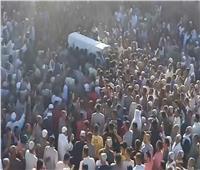 الآلاف من أهالي «طرببما» بدمنهور يشيعون جثمان أحد شيوخ الطرق الصوفية