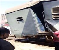الصور الأولى لحادث اصطدام جرار قطار بآخر في الإسكندرية