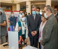 «وزير الطيران» يشارك في احتفالية الانتهاء من المشروع البحثي لقياس عوامل الطقس في الجو
