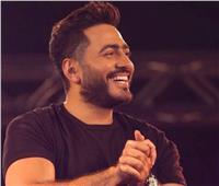 نجوم الفن والمشاهير في عرض خاص «مش أنا» لتامر حسني.. صور