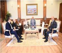 محافظ بورسعيد يستعرض خطة التطويرالسياحي