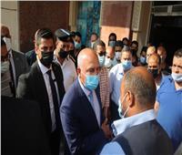 كواليس زيارة وزير النقل المفاجئة لـ محطة مصر.. وتحويل موظفين للتحقيق