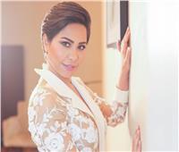 شيرين عبدالوهاب توجه رسالة لـ«كفيفة» بعد غناء «لسه في الأيام أمل»| فيديو