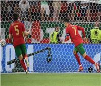 رونالدو يسجل هدف التعادل للبرتغال في فرنسا