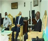 السفير المصري في جيبوتي يبحث التعاون في المجالات الطبية بين البلدين