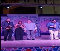 أسرة فيلم رأس السنة يتسلمون جوائز جمعية النقاد