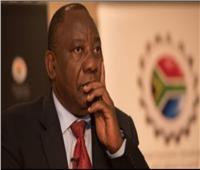 سرقة «الآي باد» الخاص برئيس جنوب أفريقيا أثناء مؤتمر إعلامى | فيديو