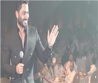 تامر حسني يتألق في حفل غنائي بالرياض بحضور جماهيري كبير | صور