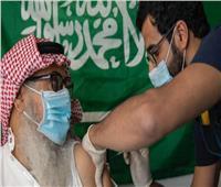 صحيفة سعودية: 70% من البالغين تلقوا لقاح كورونا