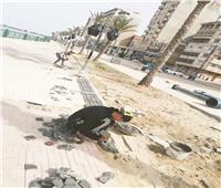 عواصم المحافظات تتجمل  رفع كفاءة طريق الكورنيش وحديقة بنت الشاطئ بدمياط