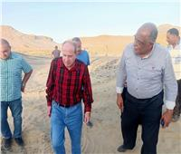 رئيس «كهرباء القناة» يتفقد مشروعات الشركة بالبحر الأحمر ومرسى علم